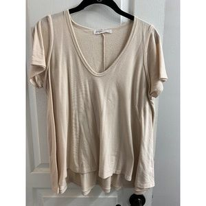 BCBGeneration Cream V-Neck Relaxed Fit Tee / Small